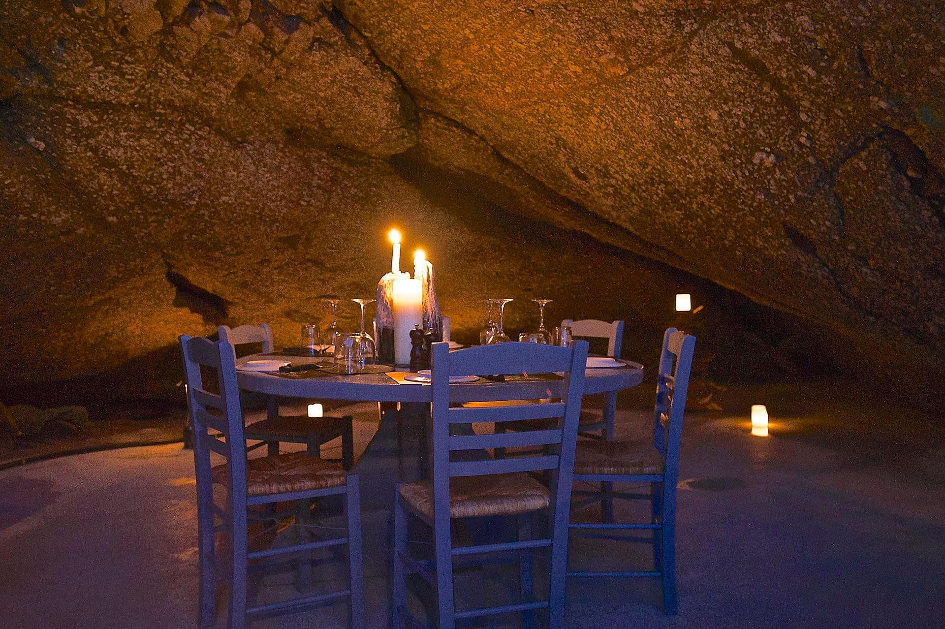 Dinner in a cave - www.spiliarestaurant.gr